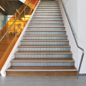 Stainless Stair Riser Grating - SG4